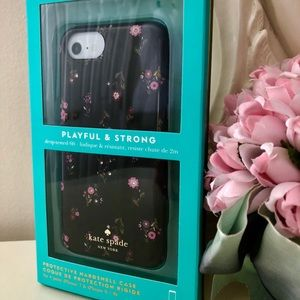 🎀Kate Spade ♠️ Spriggy Floral Multi Case